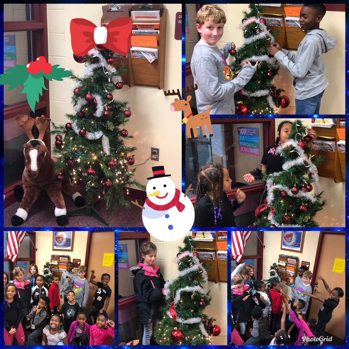 Leaders decorated the tree 🌲 ❄️☃️🎅🏼